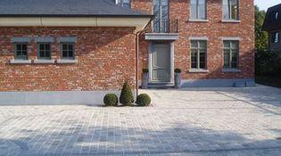 B & B Klinkerwerken - Beerse - Kasseien en mozaiek